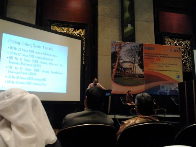 Pembicara Dari Kominfo di ICoICT