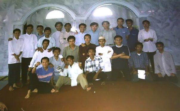 Di dalam Masjid SMUN2 Bandar Lampung. Sumber foto: Iwan Sofian